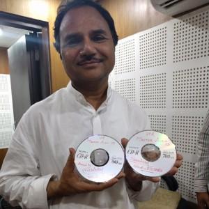 Hemant Chauhan ji mastering the Ishq Fakiri CDs!